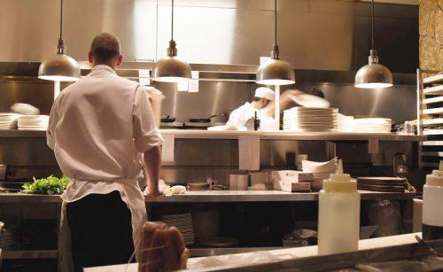 Le buone pratiche per la prevenzione degli infortuni in cucina