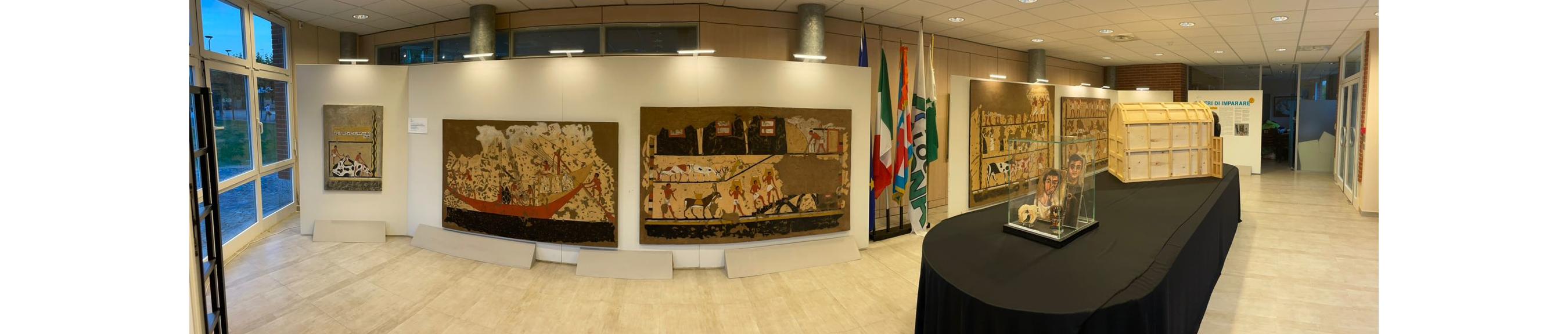 """Ad Arona il tour della mostra """"Liberi di imparare"""". Una collaborazione Unpli Piemonte e Museo Egizio"""